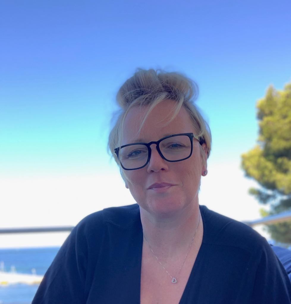 Sandra Urfer, SeN'Art, artiste peintre aux Ateliers de la Côte, centre artistique culturel