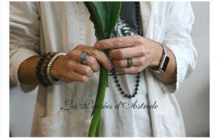 Alexandre le bijoutier photographié par Roxane des Pensées d'Astride