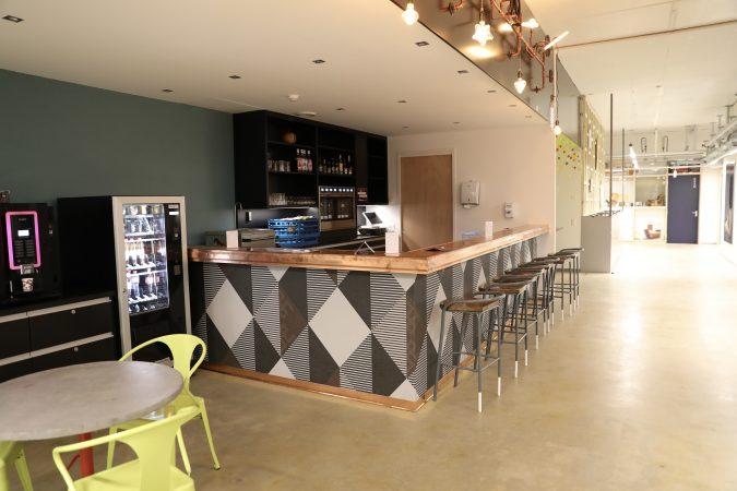 Bar et cafétéria aux Ateliers de la Côte à Etoy